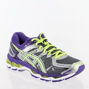 Mint Condition Asics Kayano 21 9.5 D w/5 miles